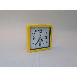 30% DTO. Reloj de escritorio cuadrado amarillo- despertador -