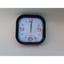 30% DTO. Reloj de pared cuadrado negro
