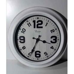 20% DTO. Reloj redondo vintage blanco con borde dorado