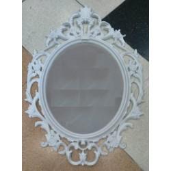 Espejo oval vintage con moldura de plastico